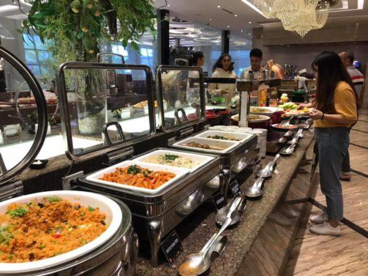 các loại thiết bị dụng cụ cần thiết phục vụ ăn uống trong nhà hàng